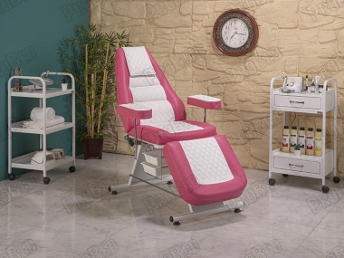 The backrest and footrest movable seat portion (plastic with bathtub)
